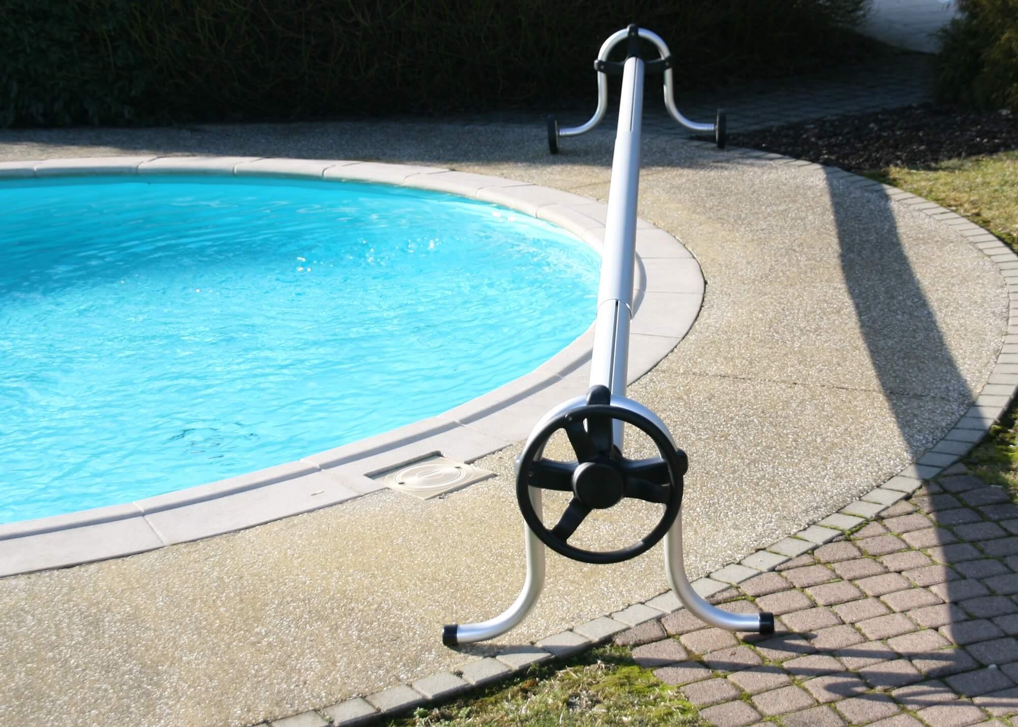 Enrouleur de couverture bulles piscines waterair for Enrouleur piscine electrique