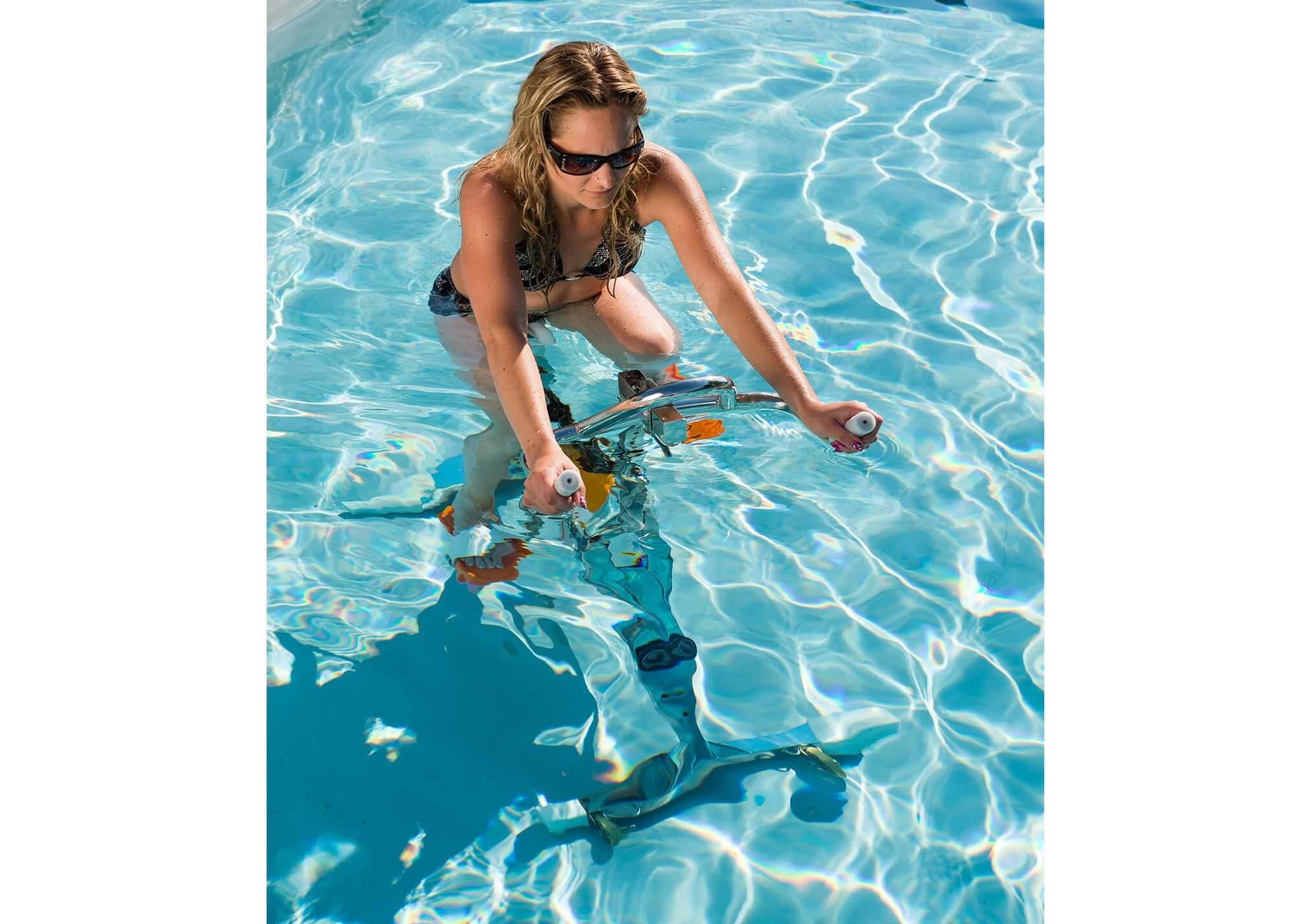aquabike sport piscines waterair. Black Bedroom Furniture Sets. Home Design Ideas