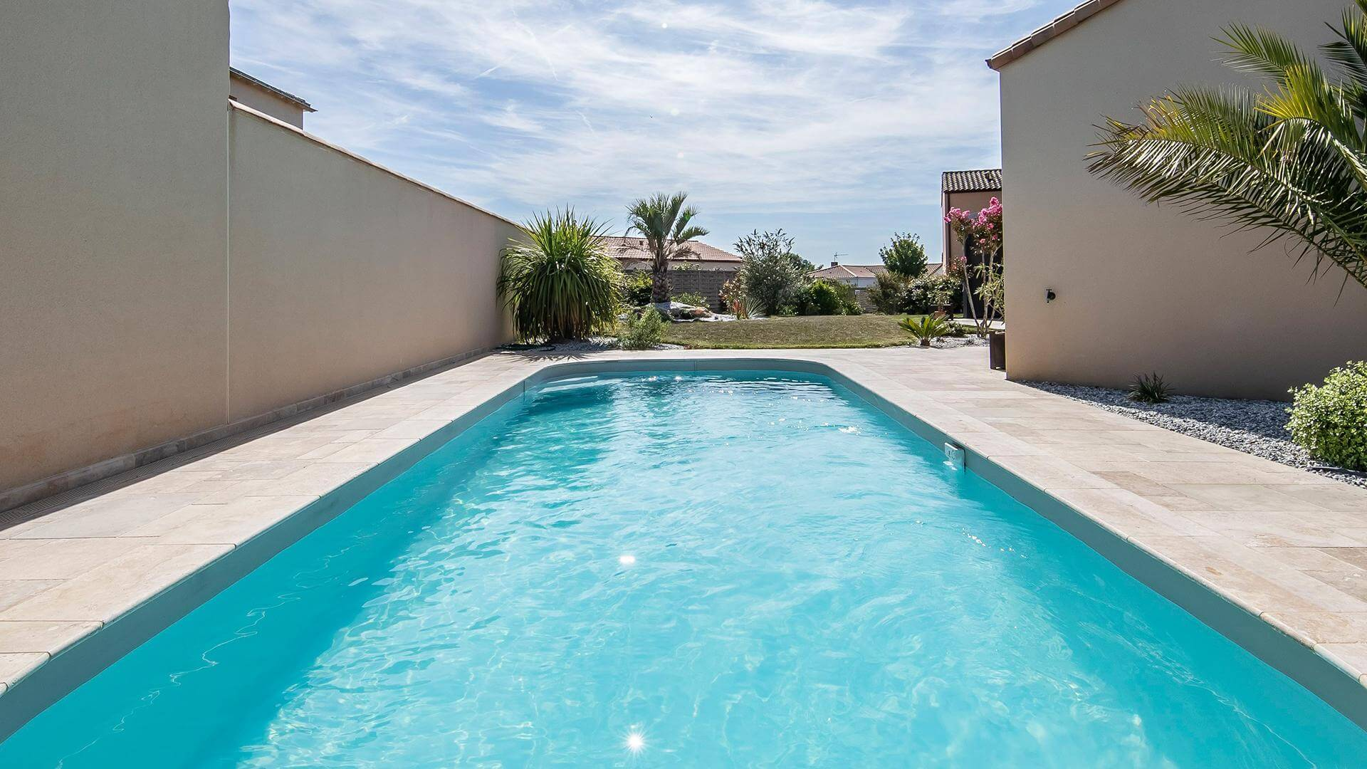 Prix D Un Couloir De Nage couloir de nage sara : une piscine rectangle aux allures
