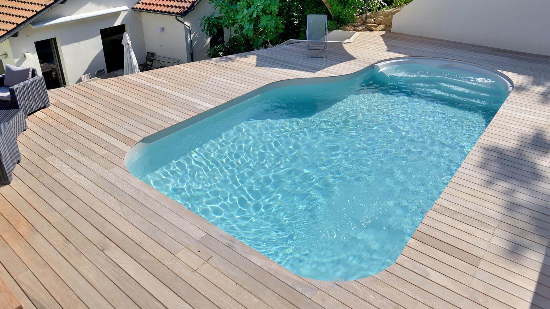 Pool Cléa – fließendes Design in freien Formen   Waterair ...
