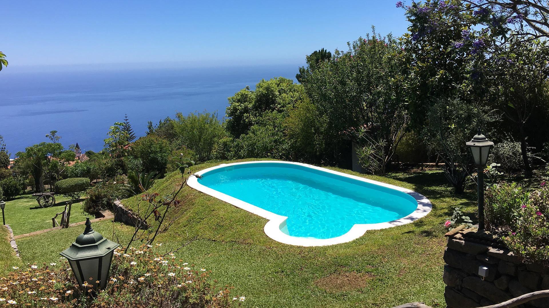 Ovaal zwembad olivia een zwembad met klassieke lijnen for Zwembad afmetingen